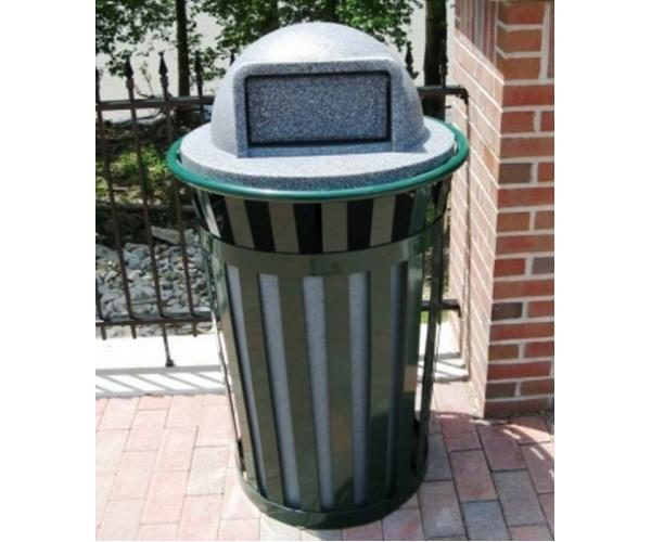 36 Gallon Main Street Trash Receptacle With Plastic Lid